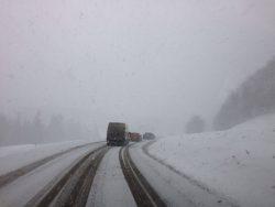 Cum șofăm corect iarna – VIDEO