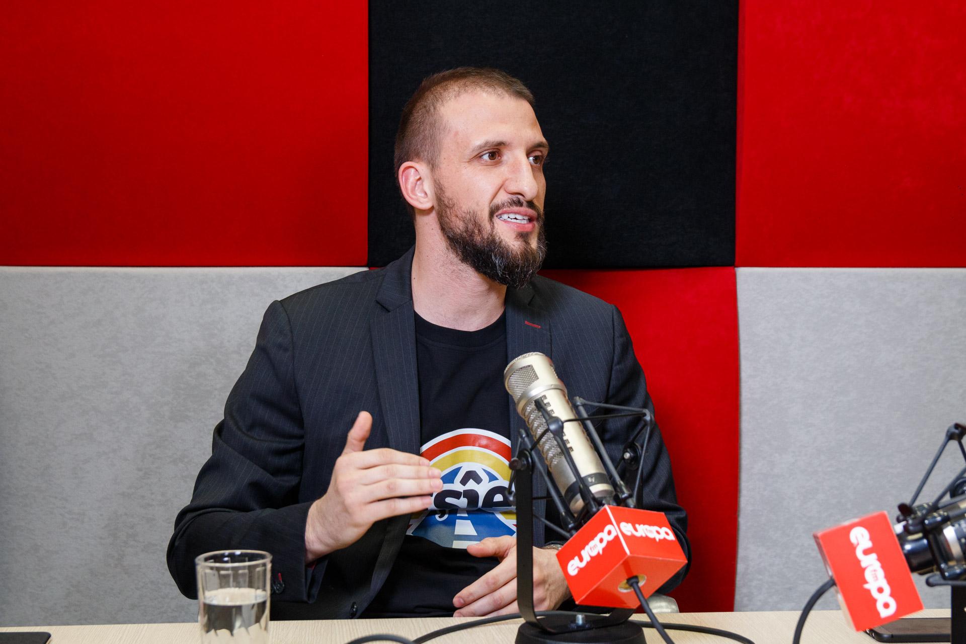 """""""România Vrea Autostradă"""" Are Imn"""